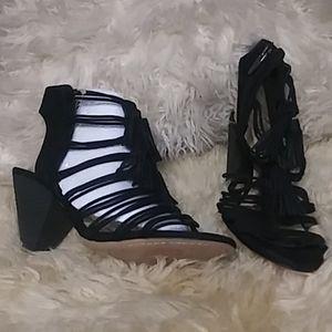 Vince Camuto black suede sandal sz 8.5